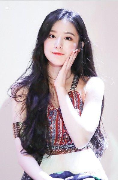 6 Idola K Pop Cewek Tercantik Non Mainstream Pilihan Netizen Di 2020 Selebritas Selebriti My Girl