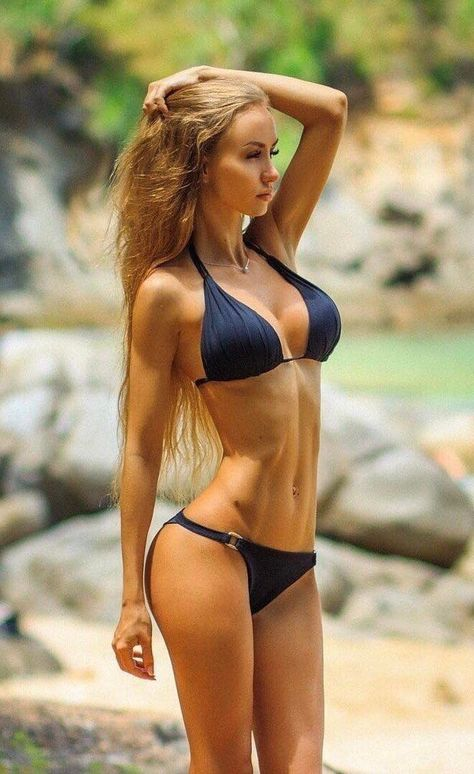 Real nude pictures of rhona mitra naked