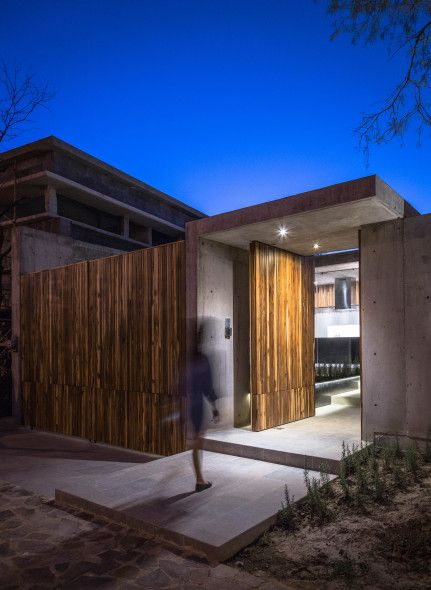 Casa Pabellã N Para Una Sola Persona Arquitectura Entradas De Casas Arquitectos