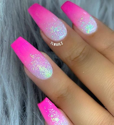 In seek out some nail designs and ideas for your nails? Here is our set of must-try coffin acrylic nails for stylish women. Pink Ombre Nails, Summer Acrylic Nails, Best Acrylic Nails, Pink Glitter Nails, Pink Summer Nails, Nail Pink, Spring Nails, Silver Nails, Nail Nail