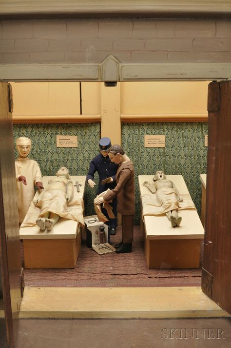 creepy coin-operated mortuary from 1900