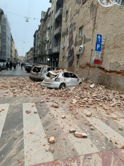 A 5 3 Magnitude Earthquake Destroys Homes Property In Croatia Photos In 2020 Zagreb Croatia Zagreb Croatia