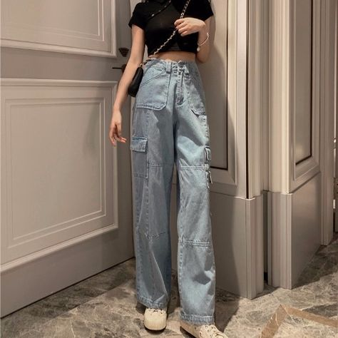 Apr 2020 - High Waist Loose Side Multi pocket Cargo Jeans Pants SF – loveitbabe Aesthetic Fashion, Aesthetic Clothes, Look Fashion, Fashion Outfits, Gothic Fashion, Daily Fashion, Cargo Jeans, Jeans Pants, Khaki Pants