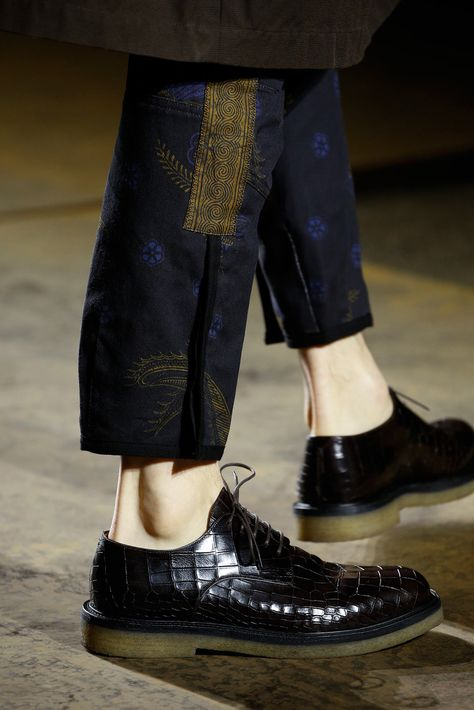 NOTE : pant details | Dries Van Noten Fall 2015 Menswear Accessories Photos - Vogue