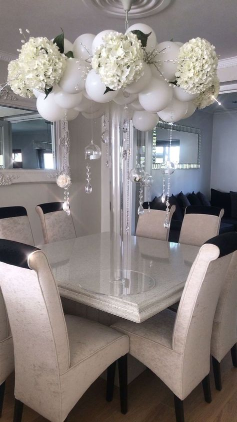 Elegant bespoke balloon Centrepiece -  - #decoration