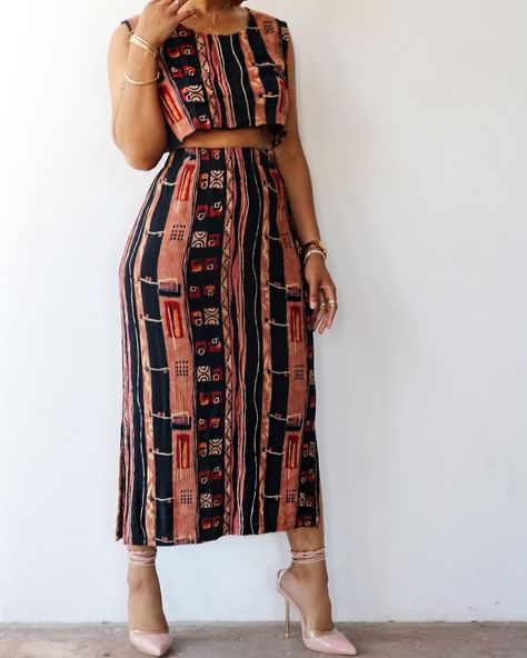 "UjuuMedia on Instagram: ""Look at this 2 pieces from the brand @washingtonave 😍⁣ ⁣ Shop here shopwashingtonave.com"" African Print Dresses, African Print Fashion, African Fashion Dresses, African Dress, Fashion Prints, Ankara Fashion, Africa Fashion, Tribal Fashion, African Prints"