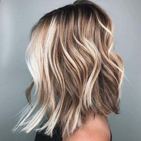 21 Best Inverted Bob Haircuts for Women in 2020 21 Best Inverted Bob Haircuts for Women in 2020 18 Long Angled Bob Hairstyles Trending for Get inspired with one of these dramatic bobs! Long Angled Bob Hairstyles, Inverted Bob Haircuts, Long Angled Bobs, Long Angled Haircut, Blonde Angled Bob, Long Choppy Bobs, Long Bob Blonde, Cute Bob Haircuts, Up Dos