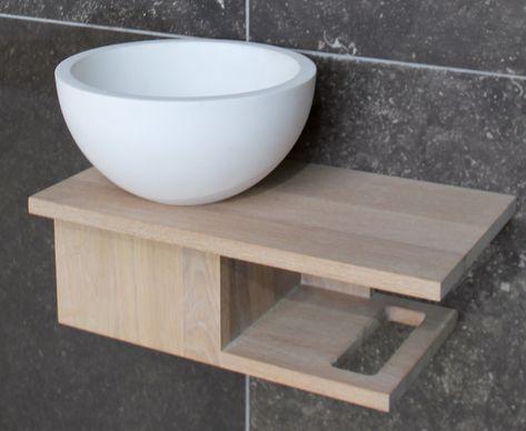 Design fontein voor de wc uitgevoerd in helder wit keramiek en