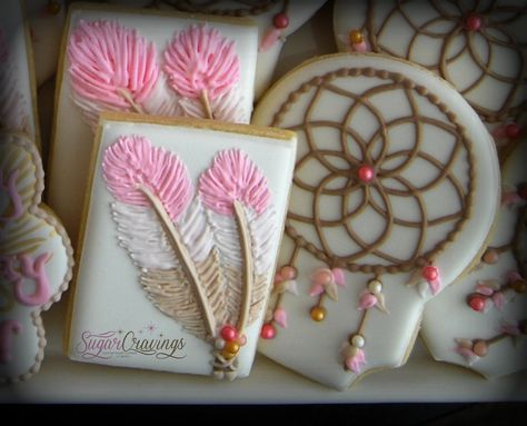 Feathers and dreamcatchers cookies