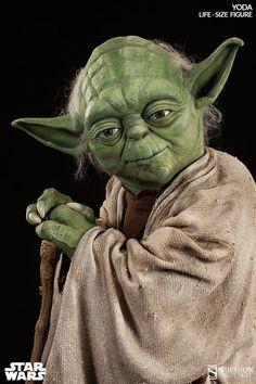 Estátua Mestre Yoda em Tamanho Real! (May the 4th be with You!)