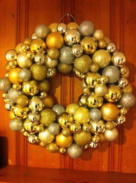#Christmas #ornament #wreath. Silver & gold color scheme. #DIY