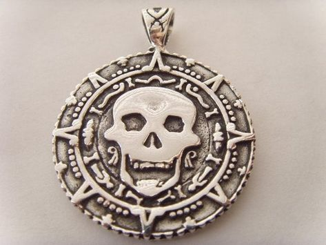 Pirates of the Caribbean Skull Pendant Sterling Silver 925