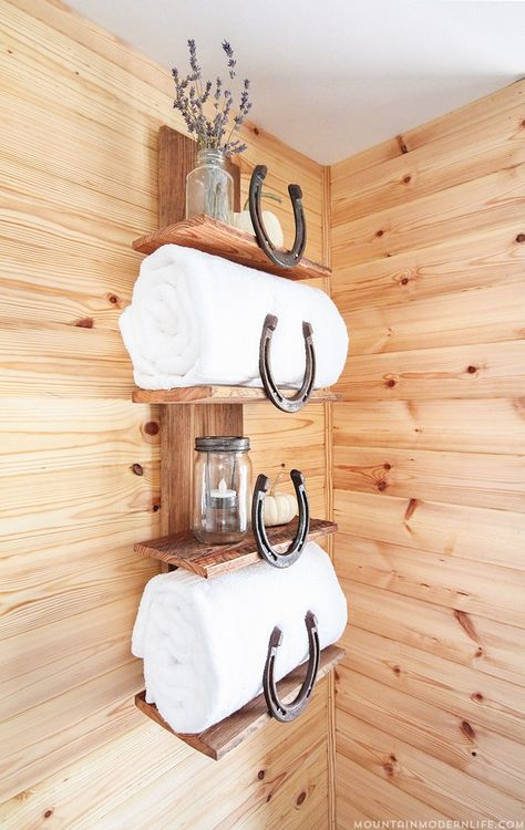 Want to add a rustic, mountain, or Southwestern touch to your home? See how easy it is to create this rustic bathroom shelf with horseshoes. via (Diy Bathroom Shelf) Western Bathrooms, Rustic Bathrooms, Small Bathroom, Bathroom Ideas, Western Bathroom Decor, Rv Bathroom, Country Decor, Rustic Decor, Farmhouse Decor