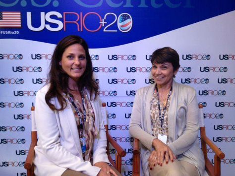 Annalisa Roger With Isabel Gates Of The Bureau Of Oceans Environment And Science U S Department Of State In Sustainable Development Photo Around The Worlds