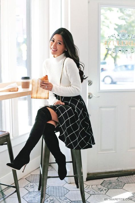 Breathtaking 20 Fall Work Elegant Outfits Ideas https://fashiotopia.com/2018/12/08/20-fall-work-elegant-outfits-ideas/ If you opt to wear business style clothes, make sure you dress as you would for the main interview of your life.