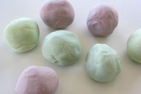 Making Homemade Play Dough with the Kids - Design & DIY - Honestly... The Honest Company Blog