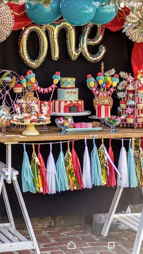 Circus cake bunting, Circus Cake Bunting, Circus themed Decoration, First Birthday, Happy Birthday C Carnival Birthday Cakes, Circus First Birthday, Circus 1st Birthdays, Carnival Cakes, Circus Cakes, Carnival Themed Party, Happy Birthday Cake Topper, Circus Party, Boy Birthday Parties