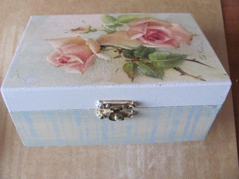 Box with decoupage roses DIY by Ela