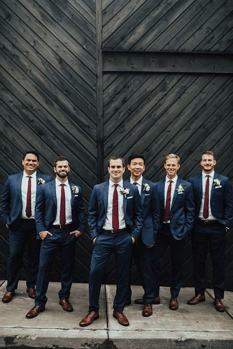 This is must see web content. Visit the webpage to learn more on navy groomsmen suits. Check the webpage to learn Groomsmen Attire Navy, Groom And Groomsmen Style, Bridesmaids And Groomsmen, Groom Style, Grooms Men Attire, Navy Groom Suits, Groomsmen Attire Fall Wedding, Fall Groom Attire, Burgundy Bridesmaid Dresses