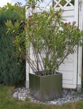 Edelstahl-Pflanzkübel Cubus50%Gartendeko % günstig im Online Shop kaufen: Bronze-Gartenfiguren, Regenwasser-Nutzung, Schläuche und Corten Terassen-Öfen