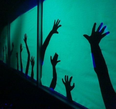 Hand Silhouettes - Haunted House Undead Hand Silhouettes - Haunted House: 4 Steps (with Pictures)Undead Hand Silhouettes - Haunted House: 4 Steps (with Pictures) Haunted House For Kids, Haunted House Party, Haunted House Decorations, Scary Halloween Decorations, Halloween Carnival, Halloween Haunted Houses, Diy Halloween Decorations, Haunted Diy, Diy Haunted House Props