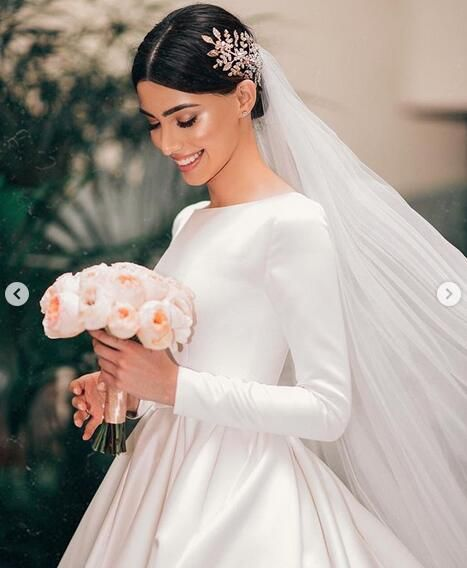 Simple Ball Gown Wedding Dresses Long Sleeve Boat Neck Puffy Bridal Gowns From Babybridal Wedding Dress Long Sleeve Puffy Wedding Dresses Ball Gowns Wedding