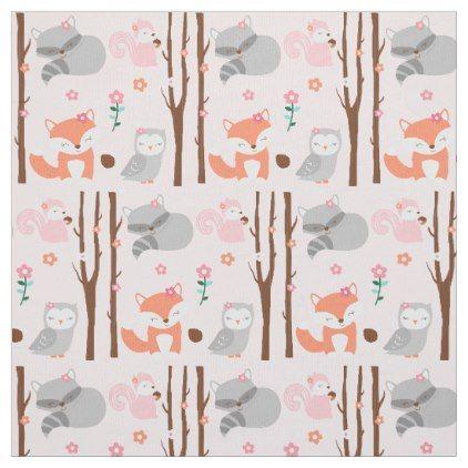 White Animal Zoo Elephant Giraffe Childrens Printed 100/% Cotton Poplin Fabric.