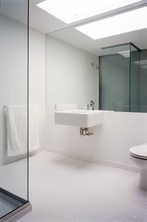 astounding calming modern minimalist bathroom white | Ultra sleek, ultra modern, minimalist apartment. The penny ...