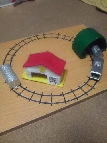 おもちゃの電車のレール その3 ダンボールおもちゃ おもちゃ 手作りおもちゃ