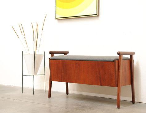 1960s Danish Modern Teak Entry Storage Bench Chair Mid Century
