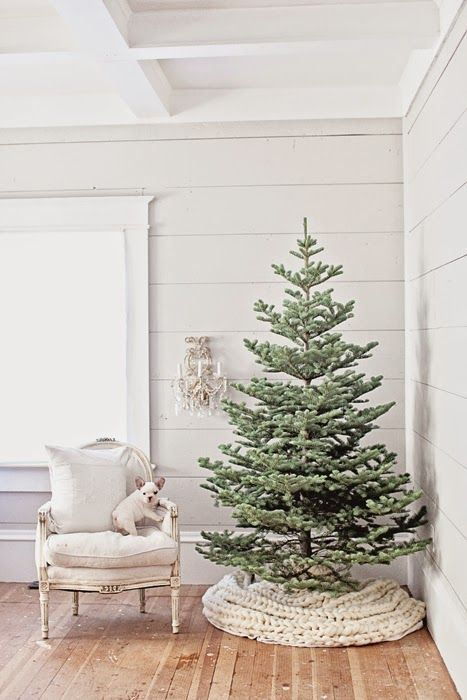 25 amazing christmas trees one for everyones style christmas tree holidays and tree skirts - Large Christmas Tree Skirt