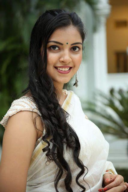 Beauty Galore HD : Yashu Mashetty White Saree Cute Photos At