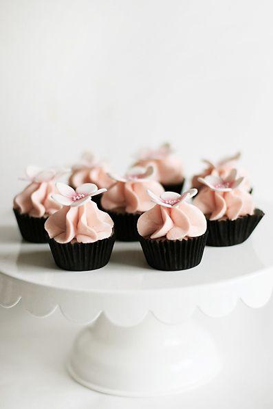 Lemon blueberry mini cupcakes