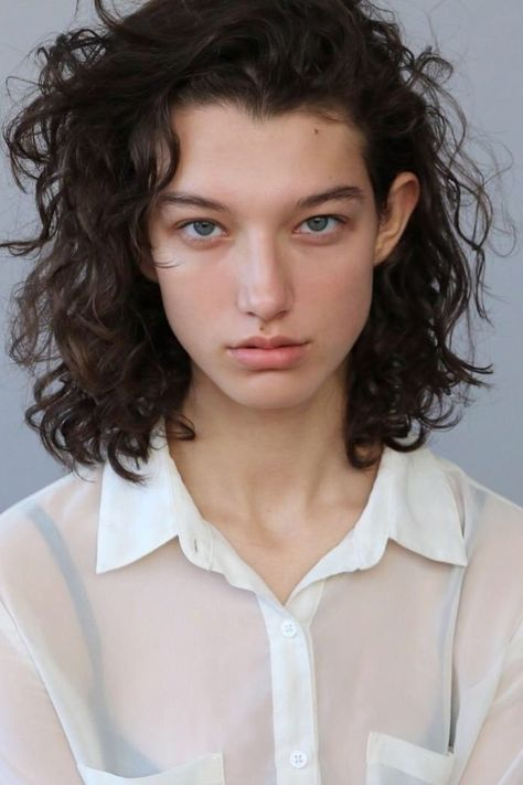 20 New Models to Know This Fashion Week | Teen Vogue