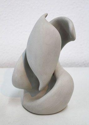 organische skulpturen ausdrucksvielfalt in der kunst tonskulptur abstrakte skulptur bilder aquarell abstrakt