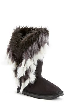 Furry boots, Fuzzy boots, Faux fur boots