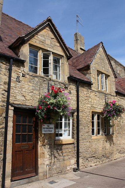 Awe Inspiring The Old Bakehouse Chipping Campden Cotswolds England Download Free Architecture Designs Scobabritishbridgeorg