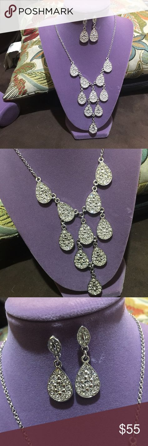 Gargantilla y aretes Hermoso juego nuevo con diamantes de la línea NICE NICE Jewelry Necklaces