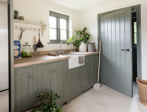 Laundry room - lovely colours