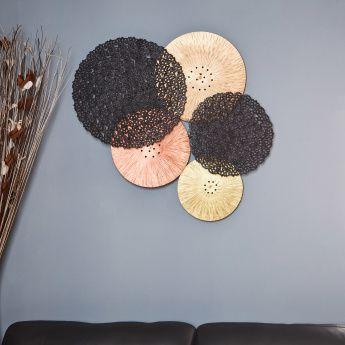 Buy Wall Decor From Homecentre ديكور الحائط لغرف المعيشة مرايا زينة حائط هوم سنتر السعودية Room Decor Flowers Decor