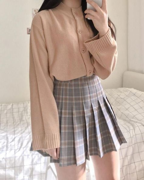 15 Aesthetic And Stylish Plaid Skirt Outfits You Must Wear Now - Source by poffellp - Korean Girl Fashion, Korean Fashion Trends, Korean Street Fashion, Ulzzang Fashion, Korean Fashion School, Korean Fashion Summer, Korea Fashion, Korean Fashion Pastel, Kawaii Fashion