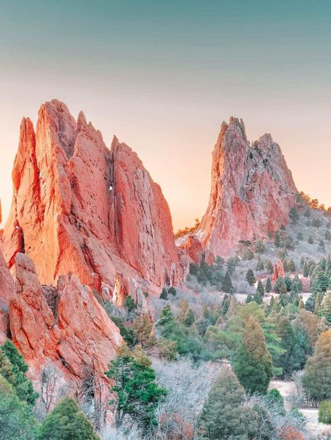All across the country, there's a heap of incredible national parks to hike in the USA. This is no more true that within the state of Colorado. After all, there are so many best hikes Colorado Springs, State Of Colorado, Colorado Hiking, Colorado River, Alberta Canada, Honduras, Aspen, Mount Elbert, Places To Travel