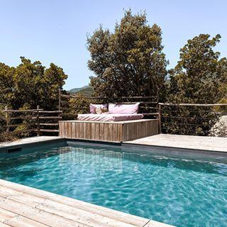 Chambres D Hotes De Charme En Corse Du Sud Decouvrez Les Petites Maisons Reservation En Ligne En 2020 Petite Maison Chambre Hote Charme Maison
