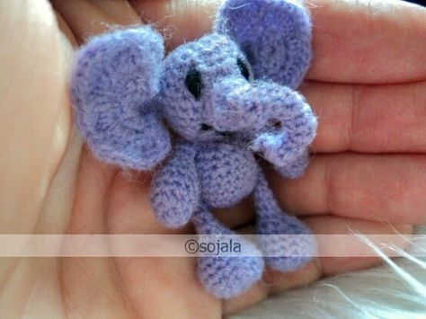 Join the Miniature Thread Amigurumi group on flickr! Show off your miniatures, click picture to join :)