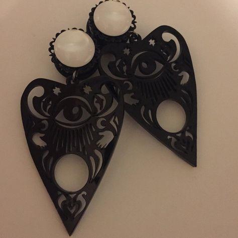 JewelryVolt 5//8 g Horn and Bone Solid Plug Flower Pair