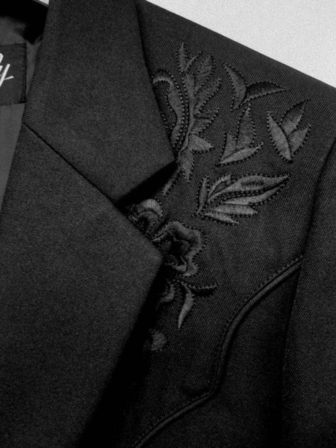 floral embroidery Scully Men's Jacket: Western Blazer Embroidery Black on Black Western Sport Coat, Black Sport Coat, Sport Coats, Leather Company, All Black Everything, Black Blazers, Black Fabric, Floral Embroidery, Kolkata