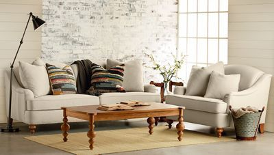 Magnolia Home Coffee Table With Turned Legs Magnolia Homes Furniture Joanna Gaines Living Room
