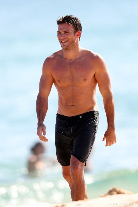 A Shirtless and Dripping-Wet Scott Eastwood Is Here to Make Your Week Better