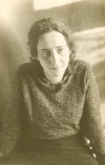 Top quotes by Hannah Arendt-https://s-media-cache-ak0.pinimg.com/474x/46/68/83/466883193b21046393770fde42e39bc5.jpg