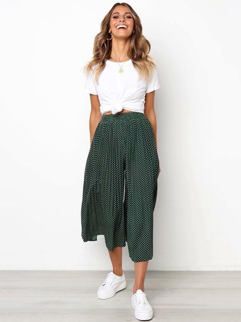 Polka-Dot Pleated Casual Pants Bottoms – Source by maadeewithlove – – fashion quotes style Lazy Day Outfits, Cute Casual Outfits, Casual Dresses, Woman Outfits, Casual Pants, Winter Dresses, Simple Dresses, Casual Clothes, Stylish Outfits